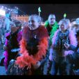 """Exclusif - Victoria, Stacy, Michael et Jennifer au Carnaval de Nice - Captures d'écran de l'épisode 3 de l'émission """"Qui veut épouser mon fils"""" saison 4 03/07/2015 -"""