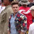 "Exclusif - Zac Efron (tombe dans la piscine) - Tournage du film ""Mike and Dave Need Wedding Dates"" à Oahu, Hawaii, le 3 juin 2015."