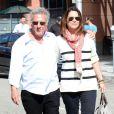 Dustin Hoffman et sa femme Lisa se promenant à Beverly Hills, le 21 octobre 2013.