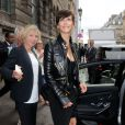 Sophie Marceau quitte le musée des Arts Décoratifs à l'issue du défilé Alexandre Vauthier (collection haute couture automne-hiver 2015/2016). Paris, le 7 juillet 2015.
