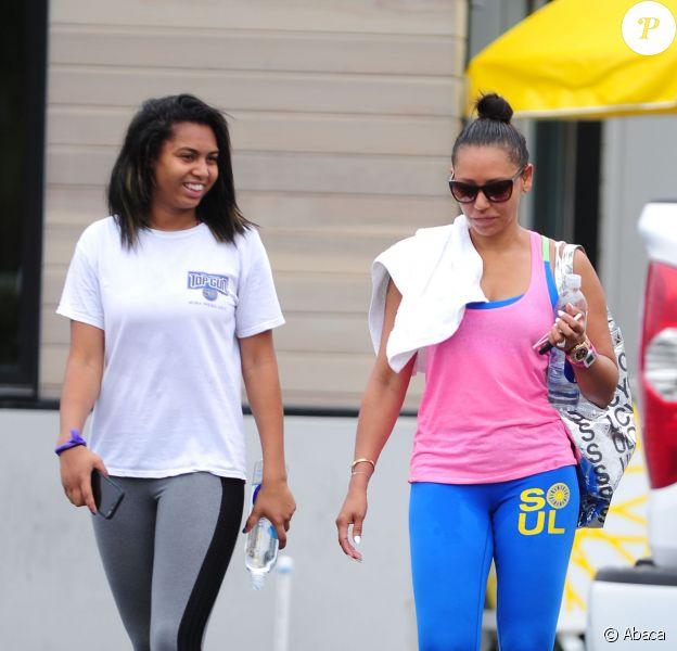 Melanie Brown et sa fille Phoenix Chi Gulzar à la sortie d'un cours de SoulCycle à Malibu, Los Angeles, le 8 juillet 2015