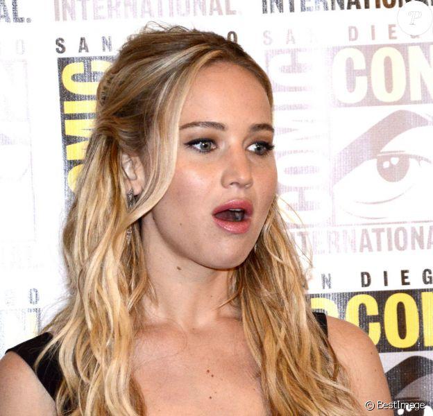 """Jennifer Lawrence - Présentation du film """"The Hunger Games : La révolte - Partie 2"""" au Comic-Con à San Diego le 9 juillet 2015."""