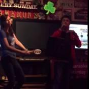 Daniel Radcliffe et sa chérie Erin : Le duo, survolté, rappe sur du Eminem