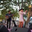 Sophie Tapie - Soirée hommage à Eddie Barclay pour les 10 ans de sa disparition, une fiesta blanche avec apéro géant, concours de boules, concerts, sur la place des Lices à Saint-Tropez, le 29 juillet 2015.