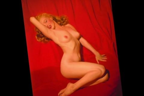 Marilyn Monroe nue... et retouchée pour un shooting sexy en 1949 !