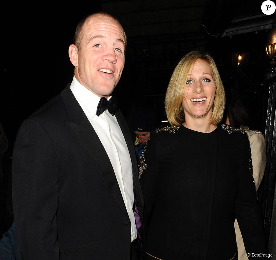 mike tindall et sa femme zara phillips arrivent au dîner six nations