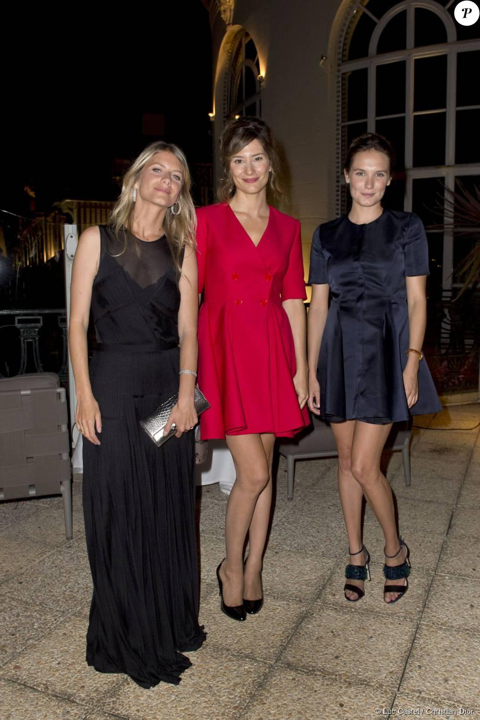Mélanie Laurent, Alice Pol et Ana Girardot, toutes trois habillées en Christian Dior, assistent au 18e Grand Bal de Deauville, au profit de l'association Care France. Deauville, le 29 août 2015.