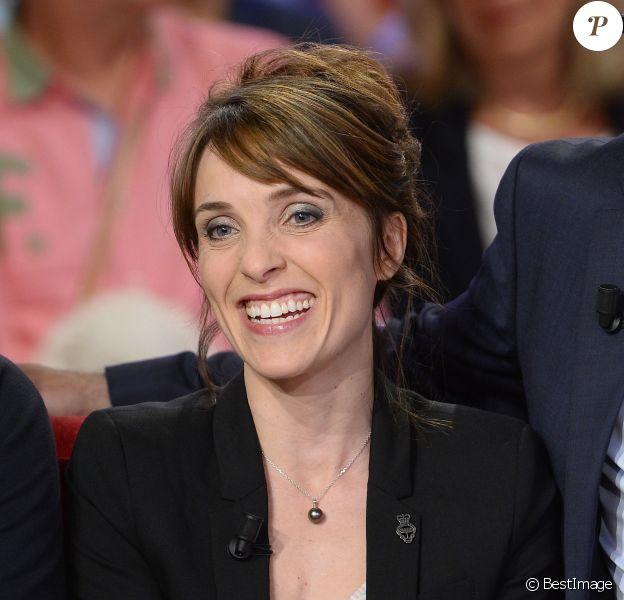 """Alix Poisson - Enregistrement de l'émission """"Vivement Dimanche"""" à Paris le 27 mai 2015"""