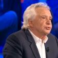 Michel Sardou, invité dans  On n'est pas couché  sur France 2, le samedi 12 septembre 2015.