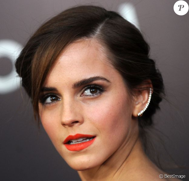 """Emma Watson - Première du film """"Noah"""" au Ziegfeld Theatre à New York le 26 mars 2014"""