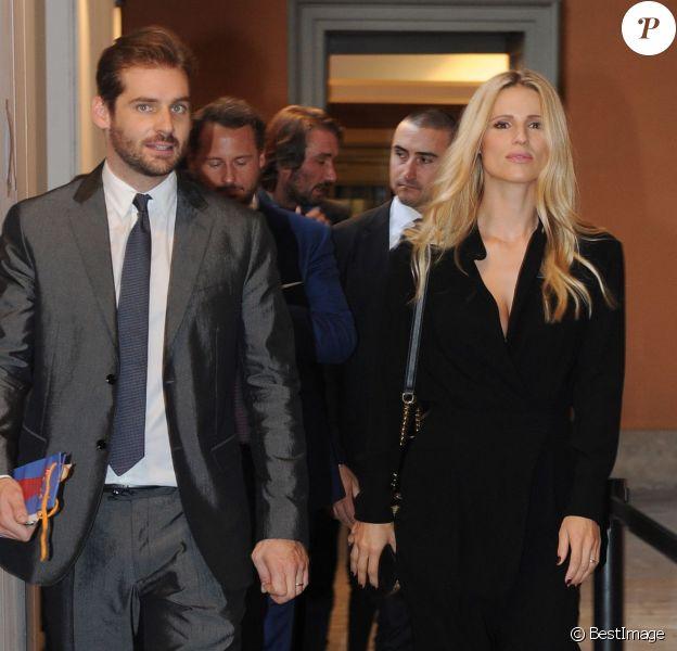 Michelle Hunziker et son mari Tomaso Trussardi - Défilé Trussardi printemps-été 2016 au Palazzo Serbelloni lors de la Fashion Week à Milan, le 27 septembre 2015.