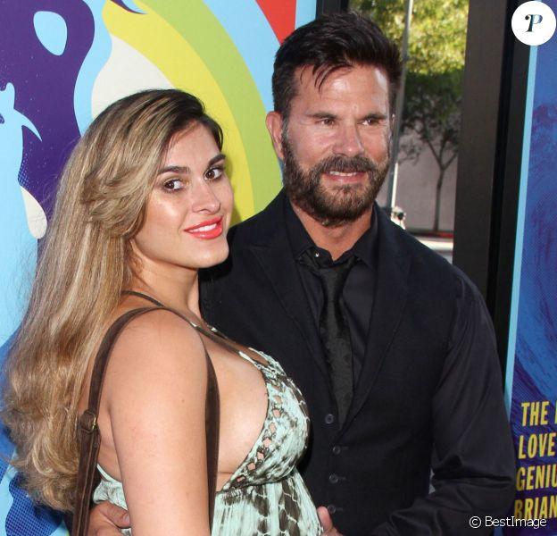 """Lorenzo Lamas et sa femme Shawna Craig enceinte à la première de """"Love & Mercy"""" au théâtre """" Samuel Goldwyn"""" à Beverly Hills, le 2 juin 2015"""