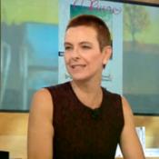 Carole Bouquet, le crâne rasé : L'étonnante raison de sa transformation...