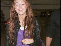 REPORTAGE PHOTOS : Miley Cyrus, ultime séance shopping avant de fêter ses 16 ans !