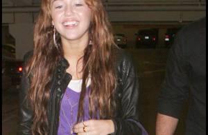 REPORTAGE PHOTOS : Miley Cyrus, ultime séance shopping avant de fêter ses 16 ans !