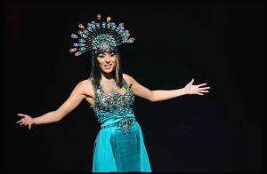 VIDEO Interview Exclusive : Sofia Essaïdi la nouvelle Cléopâtre, met en garde Joanna de la Star Academy....