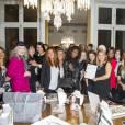 """Ambiance - Soirée Stella & Dot en faveur de l'opération """"Octobre rose"""" à Paris le 15 octobre 2015. La section locale de la Ligue contre le cancer a lancé, la semaine dernière, son opération Octobre Rose, en faveur du dépistage du cancer.15/10/2015 - Paris"""