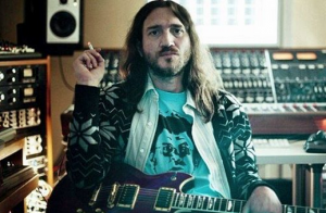 John Frusciante : Son divorce avec Nicole lui coûte plus cher que prévu...
