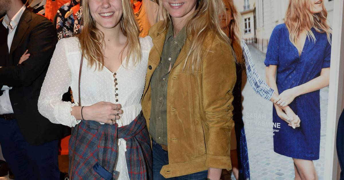 Exclusif sarah lavoine et sa fille yasmine vernissage for Boutique comptoir des cotonniers