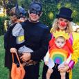 Molly Sims en famille pour Halloween / photo postée sur le compte Instagram de l'actrice américaine.
