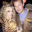 Molly Sims et son mari Scott Stuber déguisés pour Halloween / photo postée sur le compte Instagram de l'actrice américaine.