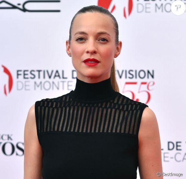 Elodie Frenck - Photocall de la soirée d'ouverture du 55e festival de télévision de Monte-Carlo à Monaco. Le 13 juin 2015