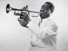 Louis Armstrong sera interprété par...