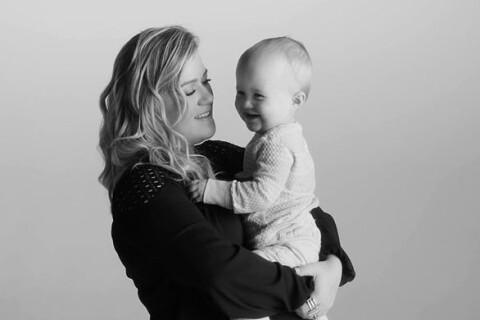 Kelly Clarkson : Radieuse avec sa fille River Rose pour le clip Piece by Piece