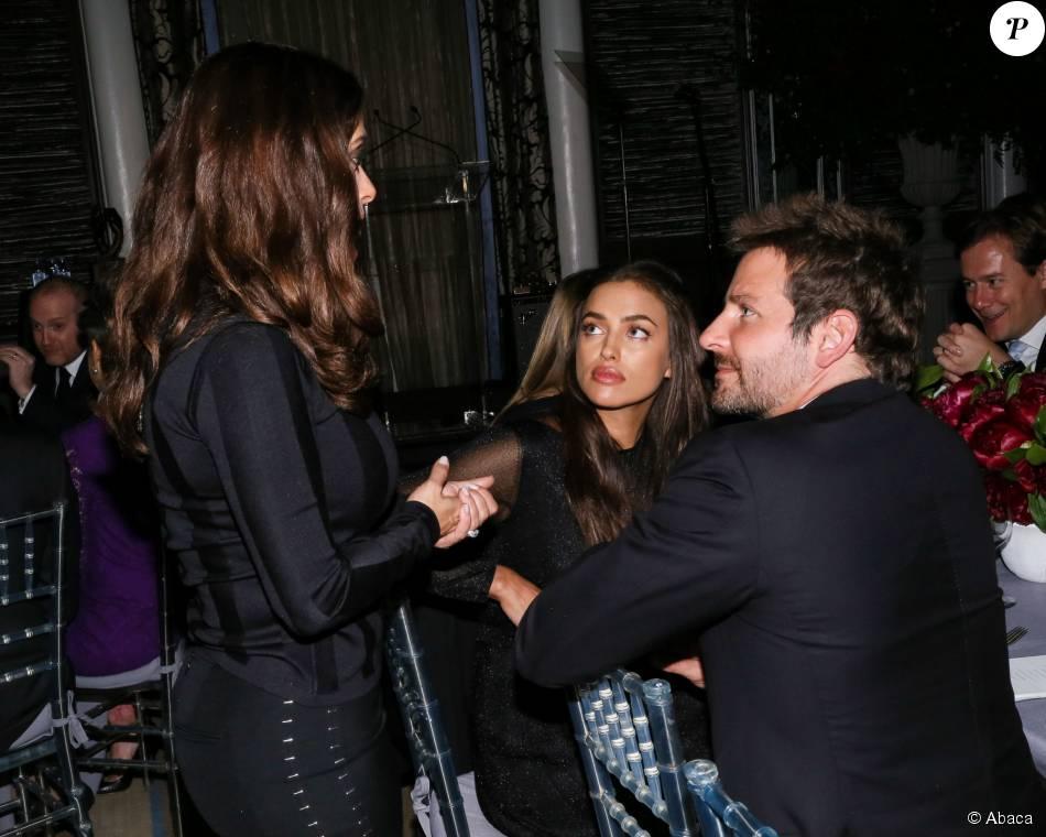 Bradley Cooper, Irina Shayk et Salma Hayek assistent à la ... Bradley Cooper