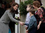 """Kate Middleton : Marraine sublime, élégante et """"particulièrement chaleureuse"""""""