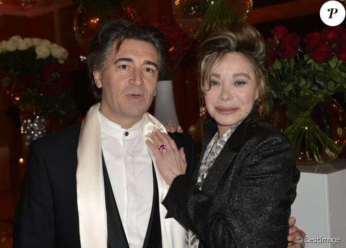 Grace de capitani et son compagnon jean pierre jacquin for Prix compagnon