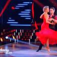 """Véronic DiCaire et son partenaire, dans """"Danse avec les stars 6"""" sur TF1, le samedi 12 décembre 2015."""