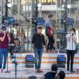 Le groupe One Direction (Harry Styles, Louis Tomlinson, Niall Horan, Liam Payne) en concert lors de 'Jimmy Kimmel Live!' à Hollywood, le 19 novembre 2015. © CPA / Bestimage