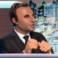 La marionnette de Nikos Aliagas, dans les  Guignols de l'Info  sur Canal+, le lundi 14 décembre 2015.