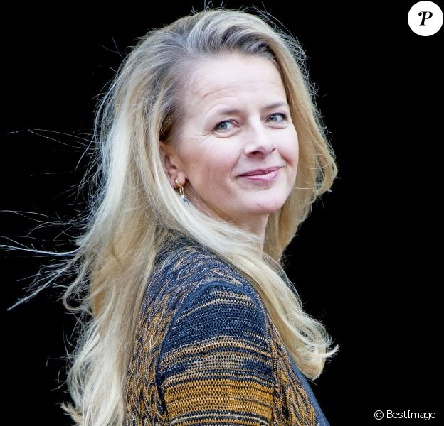 La princesse Mabel des Pays-Bas - La famille royale des Pays-Bas arrive au palais pour la remise des prix Prince Claus 2015 à Amsterdam le 2 décembre 2015.