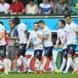 Moussa Sissoko, numéro 18, vient de marquer son premier but en équipe de France contre la Suisse, lors de la Coupe du monde de Football au Brésil, le 20 juin 2014.