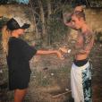 Justin Bieber et sa petite-amie supposée Hailey Baldwin / photo postée sur Instagram, à la fin du mois de décembre 2015.