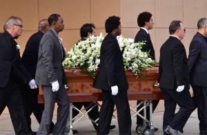 Obsèques de Natalie Cole : Lionel Richie et Stevie Wonder lui disent adieu