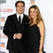 John Travolta et Kelly Preston: Couple radieux devant David Schwimmer amoureux