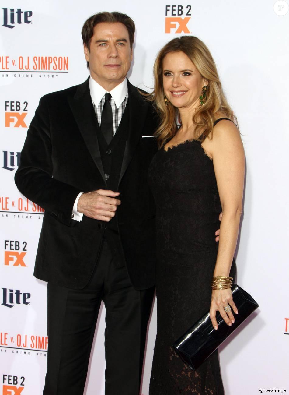 """John Travolta et sa femme Kelly Preston- Première de la série """"The People v. O.J. Simpson : American Crime Story"""" à Los Angeles, le 27 janvier 2016"""