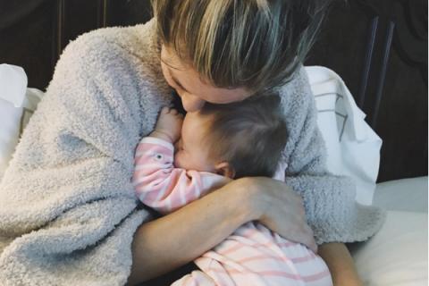 Kristin Cavallari : Premier câlin avec sa fille Saylor depuis son accident