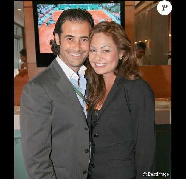Orianne COllins et son mari Charles Fouad Mejjati lors du tournoi de tennis de Rolland Garros à Paris, le 28 mai 2008