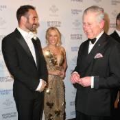 Kylie Minogue, divine et amoureuse, présente son jeune chéri au prince Charles