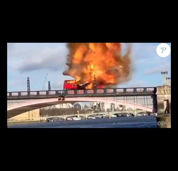 Capture d'écran de la vidéo du député Nigel Huddleston qui a filmé l'explosion à Londres pour le tournage du film The Foreigner - 7 février 2016