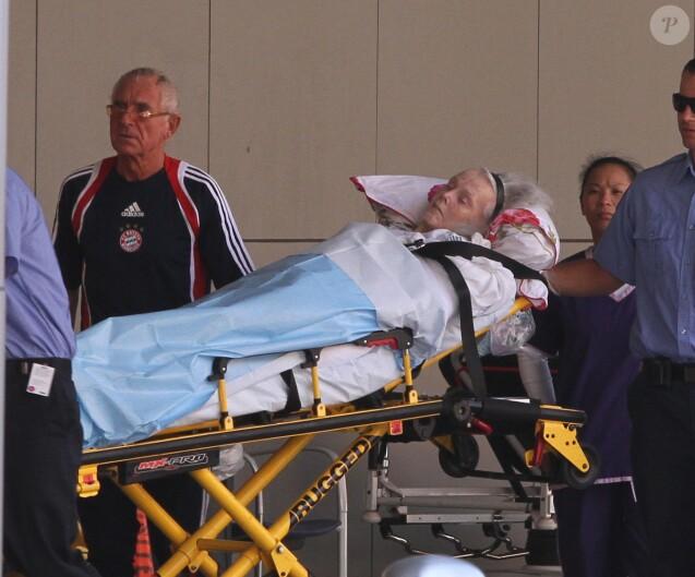 Zsa Zsa Gabor transportée à l'hôpital, à Los Angeles, le 31 août 2010