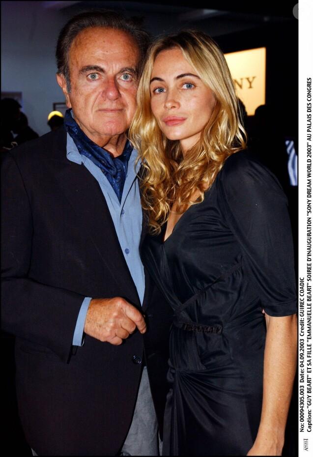 Emmanuelle Béart et son père Guy au Palais des Congrès en 2003