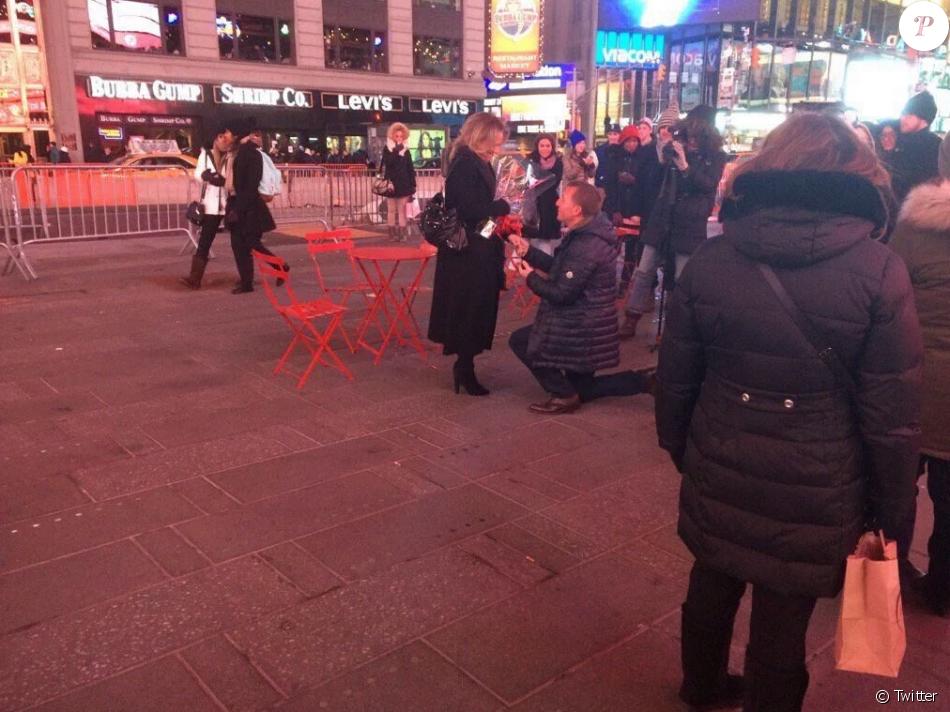 Brendan Rodgers demande en mariage sa belle Charlotte le 14 février 2016 à New York.