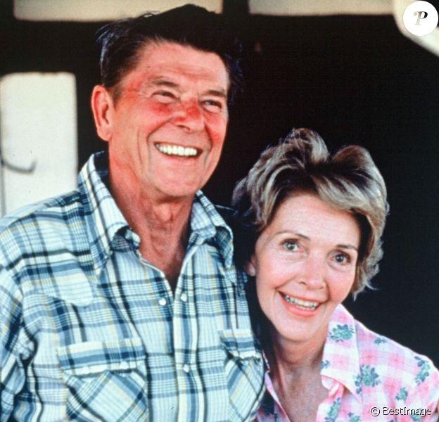 Ronald Reagan et sa femme Nancy. L'ancienne first lady est morte le 6 mars 2016 à 94 ans.