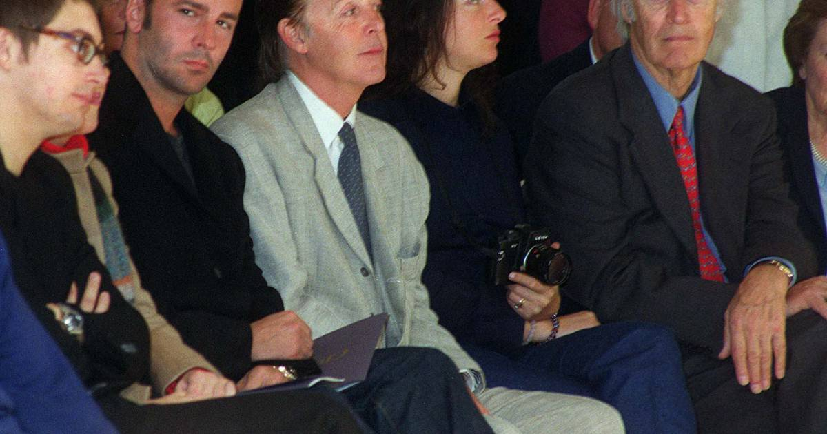 james mccartney paul mccartney tom ford et george martin paris en 1999 purepeople. Black Bedroom Furniture Sets. Home Design Ideas