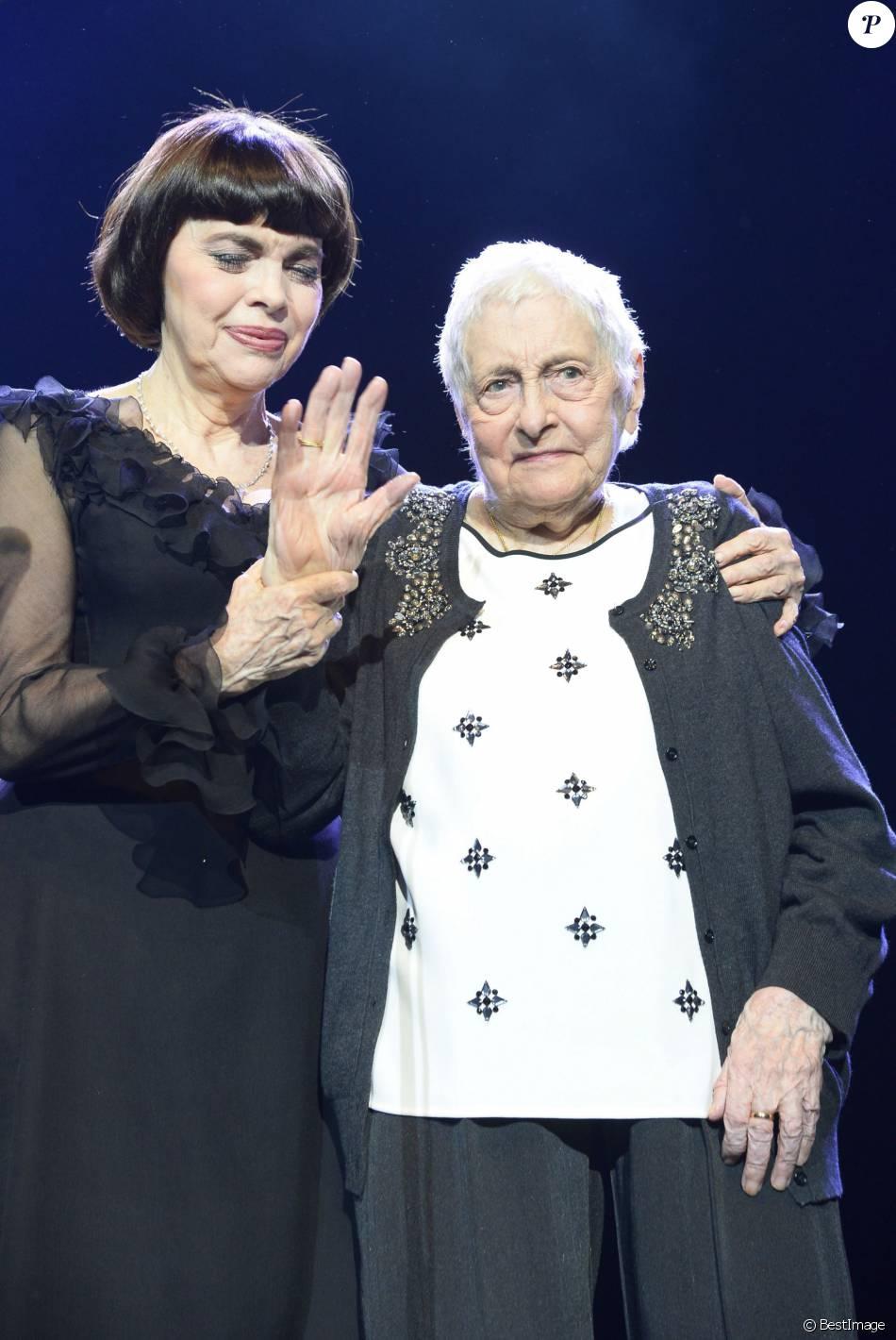 Mireille Mathieu En Deuil Sa Mère Adorée Est Morte Purepeople